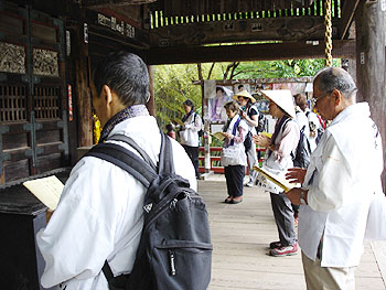 音楽寺での読経